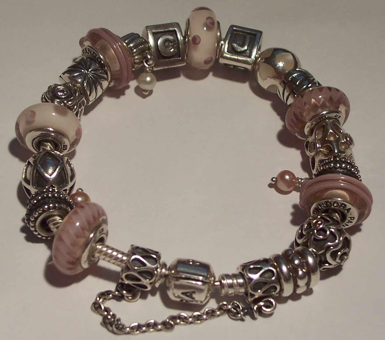 Bead Charm Bracelets: Charm Bracelets Are Best For Celebrating Your Memories