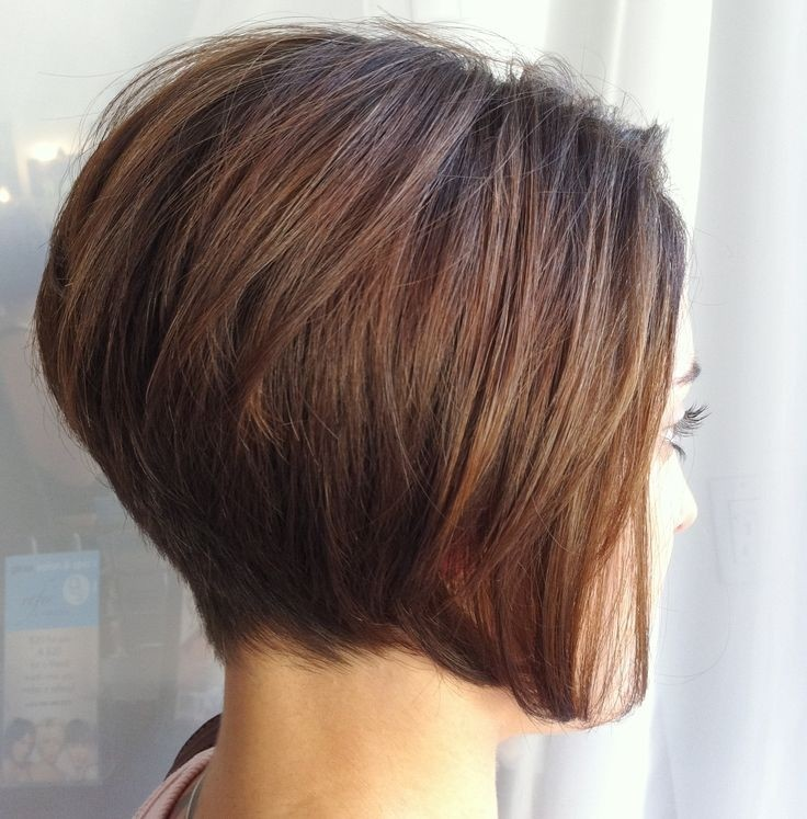 Reverse Stack Bob hairstyle